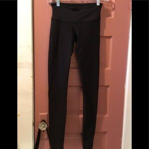LULULEMON Ladies Workout Black Tights